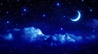 pejzazh-zvezdy-nebo-luna-mesyac-polumesyac-oblako-oblaka-noch-skazka-fon-oboi-shirokoformatnye-polnoekrannye-shirokoekrannye-shirokoformatnyj